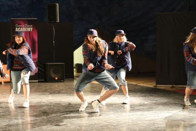 """""""Pikkuryhmä""""-kategorin för vuxna... Elins gäng fick silver i söndagens tävlingar och gick vidare till FM-final i Vanda! Bra jobbat!!!"""